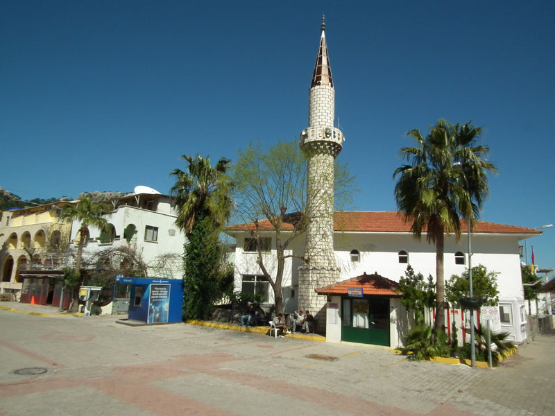 Turunç Mosque in spring sunshine