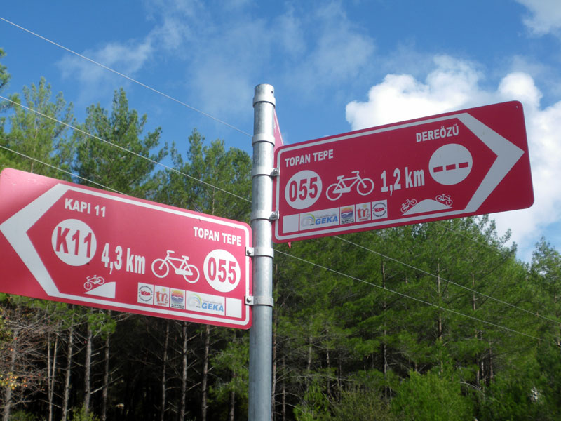 Signs for cycling routes appear on the peninsular